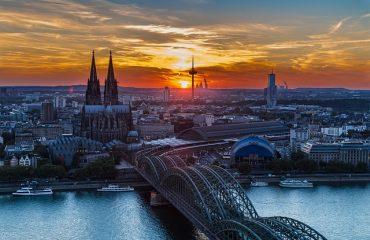 OLG Köln stellt sich bei den Kauf nach der Ad-Hoc Mitteilung gegen den BGH