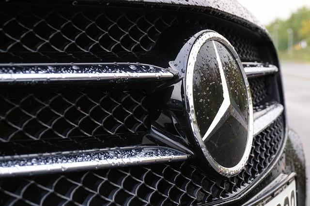 60.000 Mercedes-Benz GLK vom Zwangsrückruf betroffen. Mit KFZ-Check!