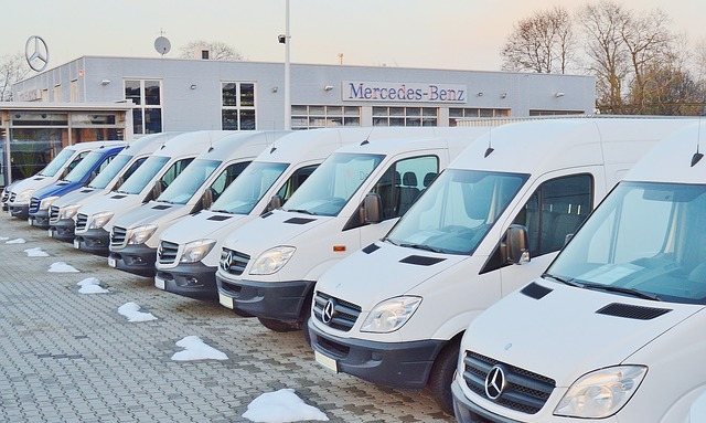 Abgasskandal Daimler: Hundertausende Daimler Transporter (Sprinter) im Verdacht.